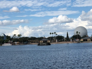 I was sorta amazed by the beauty of the day in Epcot, the clouds... everything just seemed extra amazing that day!